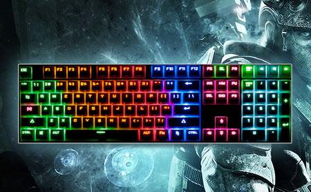 圣似色一视频_富勒sm700 圣甲龙 游戏机械键盘 104键青轴 金色/黑色可选 分享 手机